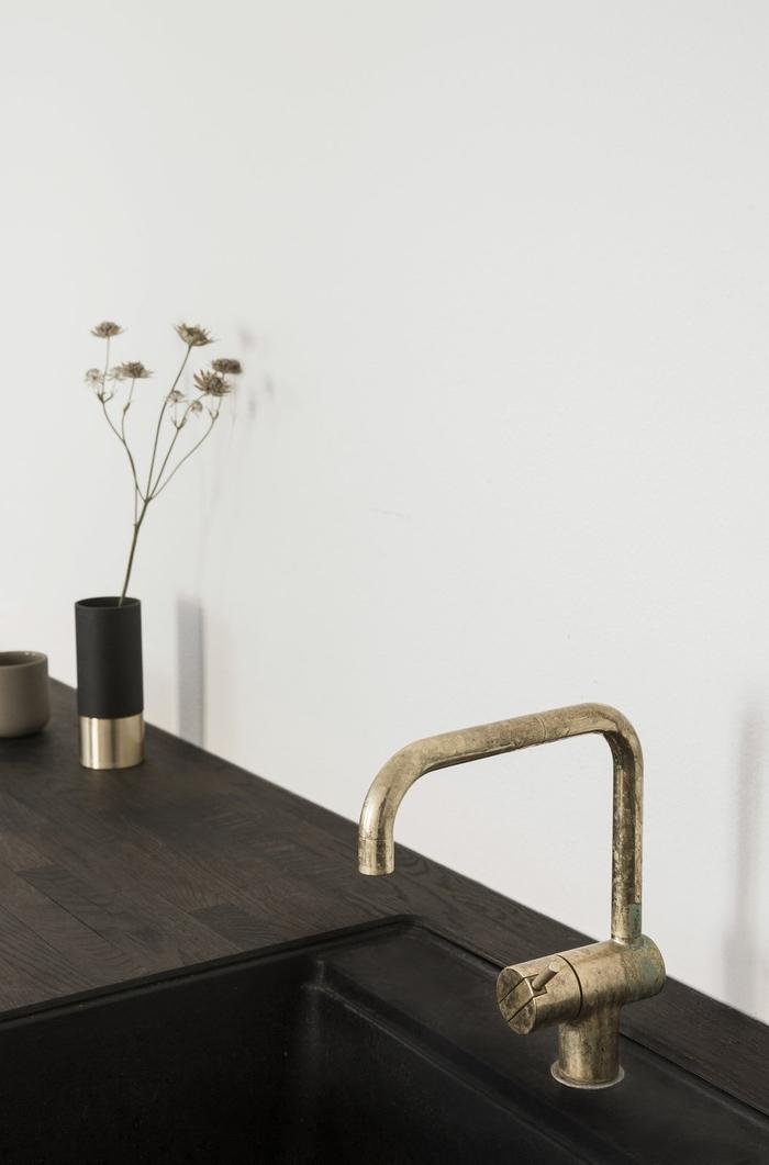 Quelques pistes pour une cuisine minimaliste = L'absence de crédence