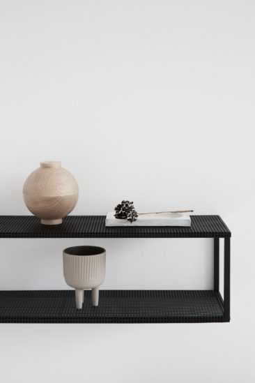 Kristana Dam Studio - Catalogue SS 2018 - Grid Shelf