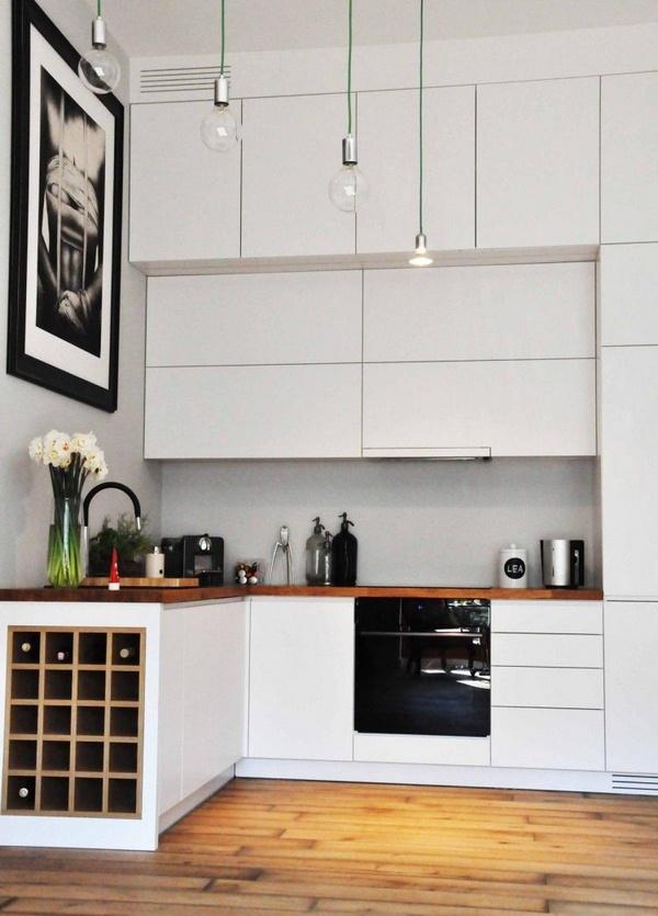 Quelques pistes pour optimiser les angles dans sa cuisine || Mettre des placards muraux jusqu'au plafond