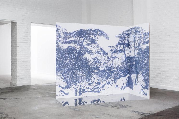 Marque de papier-peint Tenue de Ville - Collection Saudade - GINKESAI marine