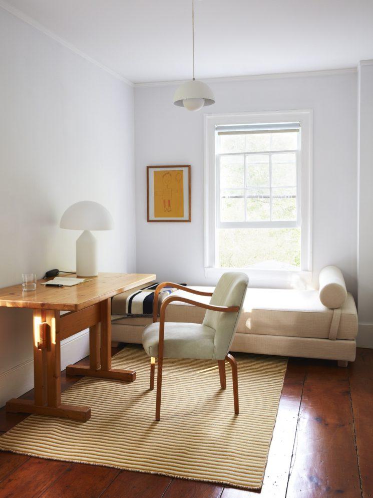 Une maison minimaliste + neutre + Shaker + Middle Century || Bellport house par CS Valentin