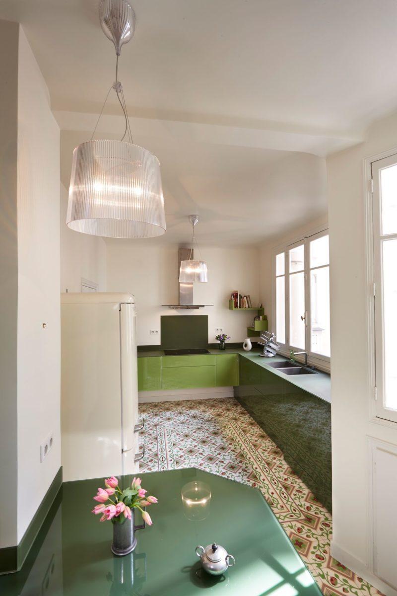 [ Aménagement de la cuisine ] Comprendre l'importance du triangle d'activité dans la cuisine // Projet intérieur : Florence Ronsil
