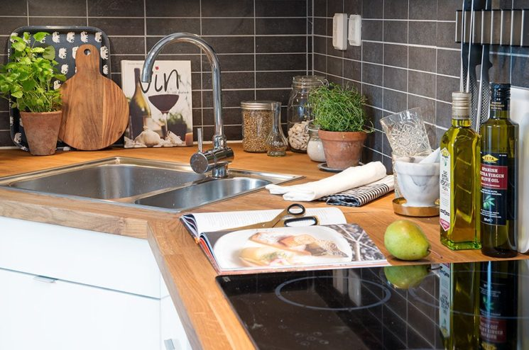 Quelques pistes pour optimiser les angles dans sa cuisine || Placer un évier d'angle