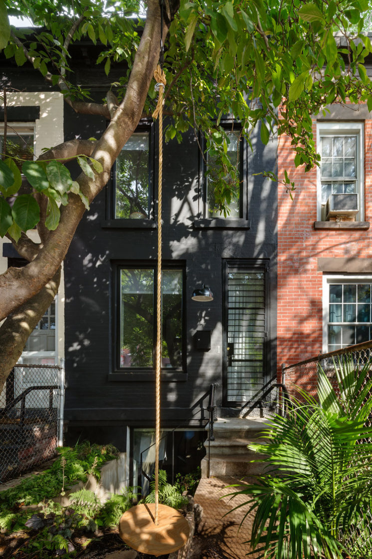 Une maison de ville hyper étroite à Brooklyn par l'agence OA - Office of Architecture
