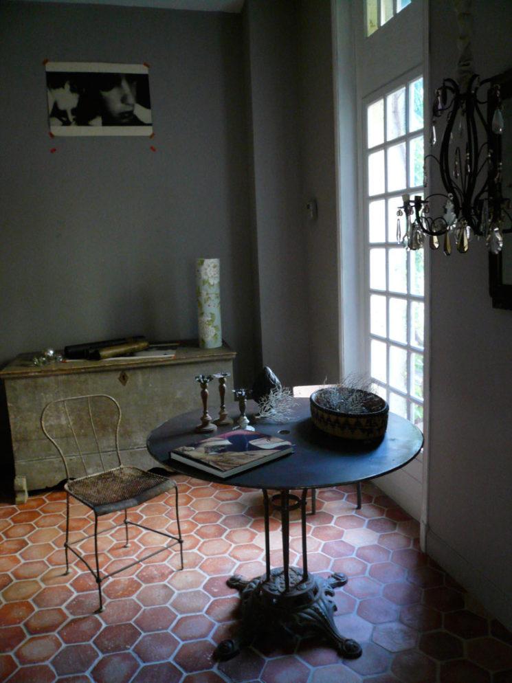 l 39 atout tomettes en d coration d 39 int rieur. Black Bedroom Furniture Sets. Home Design Ideas