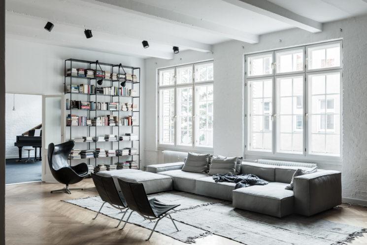 La déco au masculin    Un appartement loft à Berlin par Annabell Kutucu