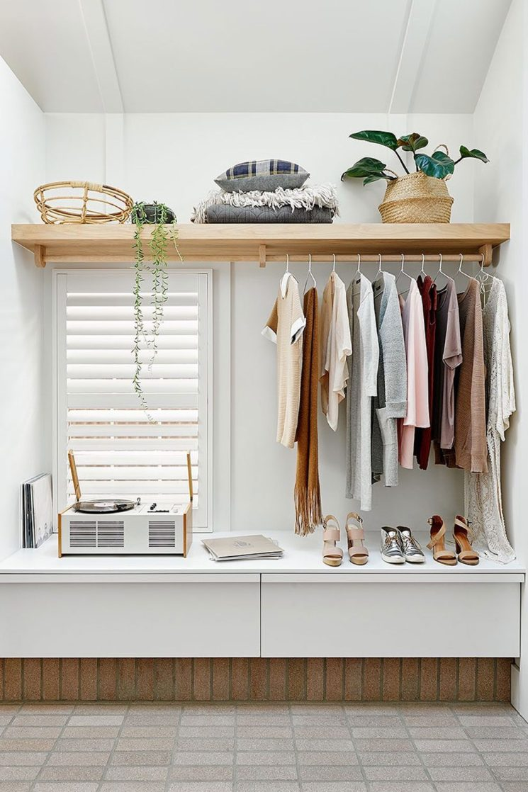Canning cottage par l'agence Bicker (Melbourne) // Un dressing minimaliste