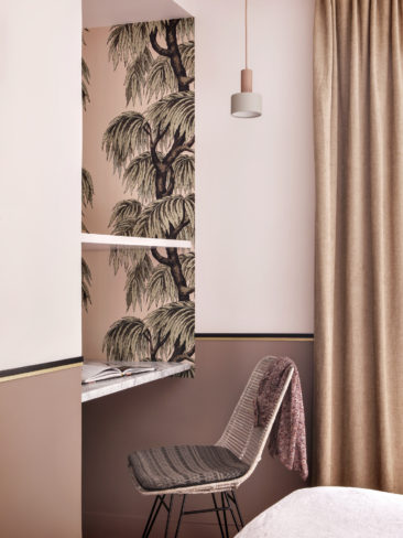 [ Inspiration déco ] Rose blush, Rose saumon || Chambre de l'hôtel Doisy Etoile Paris