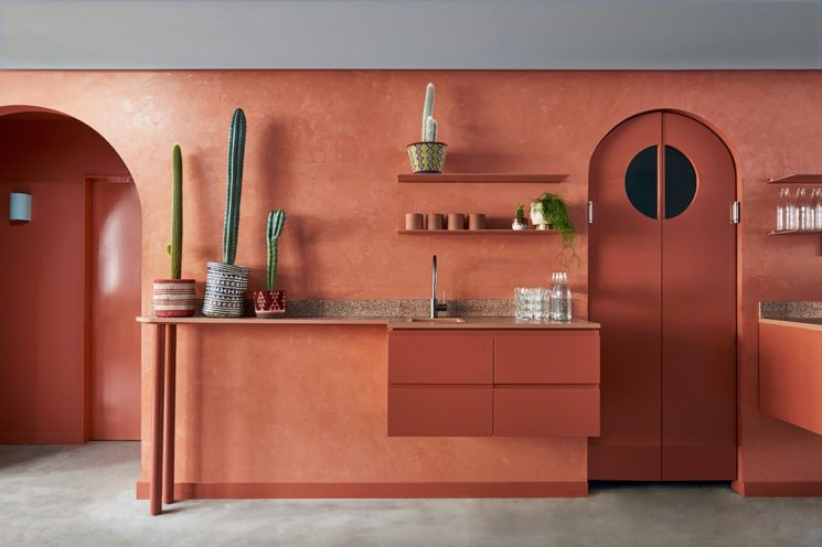 Terracotta mania, le rouge brique est partout    Restaurant Fonda à Bondi Beach - Concept : Studio Estata