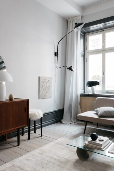 Collaboration Lovisa Häger et Wall of Art || Un appartement suédois design et neutre