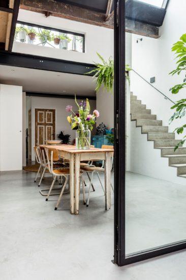 Un loft de style industriel à Amsterdam