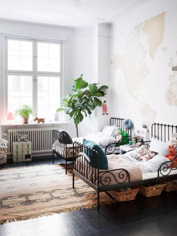 Deco Chambre Avec Lit En Fer a la recherche d'un lit en métal enfant - turbulences déco