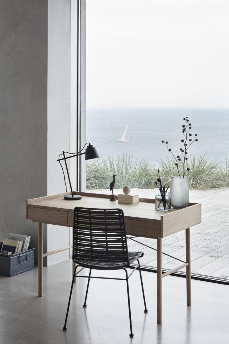 Sélection de petits bureaux en bois design || Bureau en chêne 3 tiroirs, Hübsch