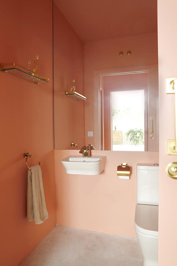 Salle de bain rose terracotta || Nueva Carolina