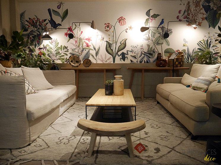 La nouvelle boutique Ampm de Lyon à l'Hôtel-Dieu || Canapé fixe Neo Chiquito et canapé Alwine