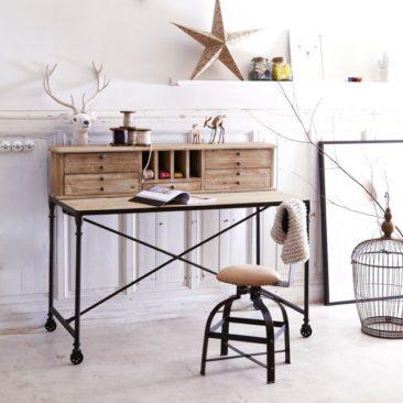 Sélection de petits bureaux en bois design || Sélection de petits bureaux en bois design || Secrétaire en bois de pin Henry, Tikamoon