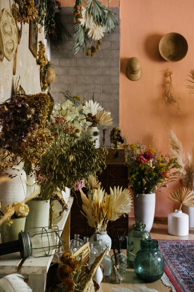 L'appartement studio de Maggie Cokerà Berlin || Fleurs séchées, esprit bohème