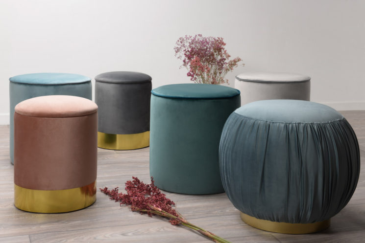 Collection néo Art Déco Zago // Poufs en velours, Queen