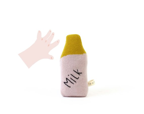 Hochet tricoté, Milk - Boutique Colette Bream sur Etsy