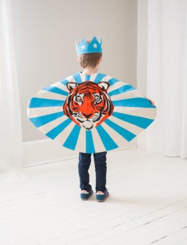 Cape de super héros, Daniel le tigre - Boutique Lovelane sur Etsy
