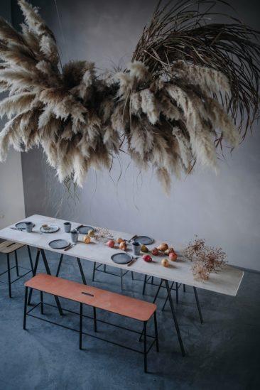 [ Tendance ] Herbes de pampa et autres graminées à panache // ourfoodstories.com- Installation :Mary Lennox