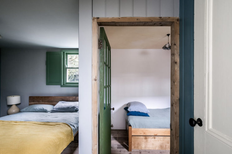 Une petite maison rustique à Londres // The Coach house sur themodernhouse.com