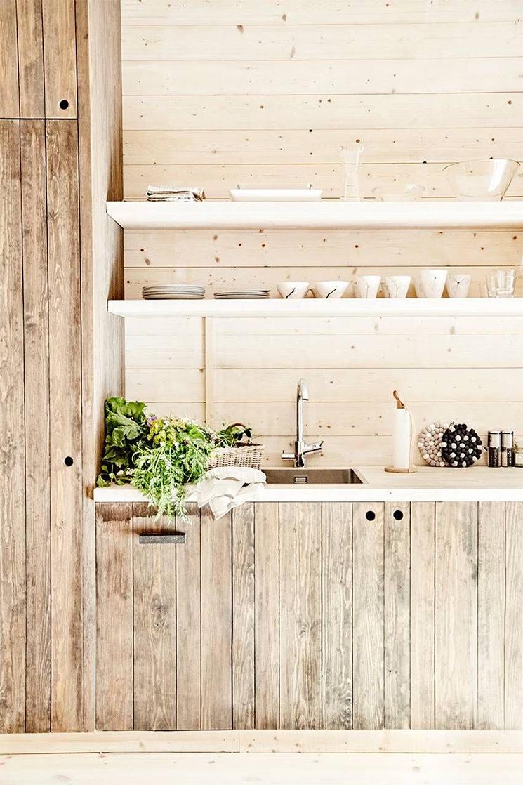 [ Idée déco ] Pourquoi pas du lambris dans sa déco ? // The Lindeborg's Eco Retreat and Eco Barn en Suède