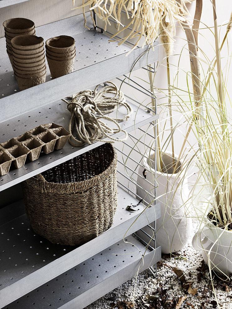 Nouvelles étagères String Outdoor en métal galvanisé adaptés à l'extérieur