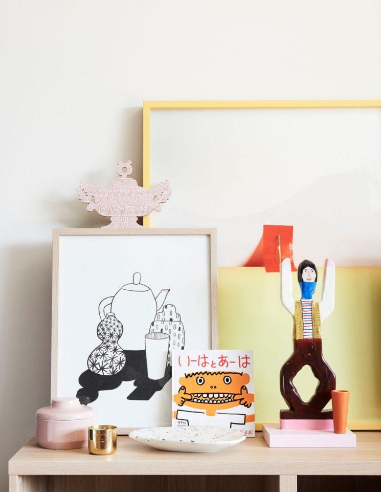 Comment mettre de la couleur dans sa déco ? \\ Créer des mises en scène avec des objets colorés