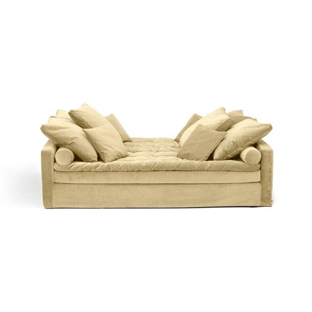 Nouveau catalogue Ampm SS2019 // Day bed en velours stonewashed, Lévinas