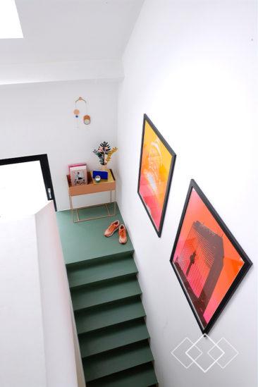 Comment mettre de la couleur dans sa déco ? \\ Opter pour un sol de couleur \\ via prchtg.nl