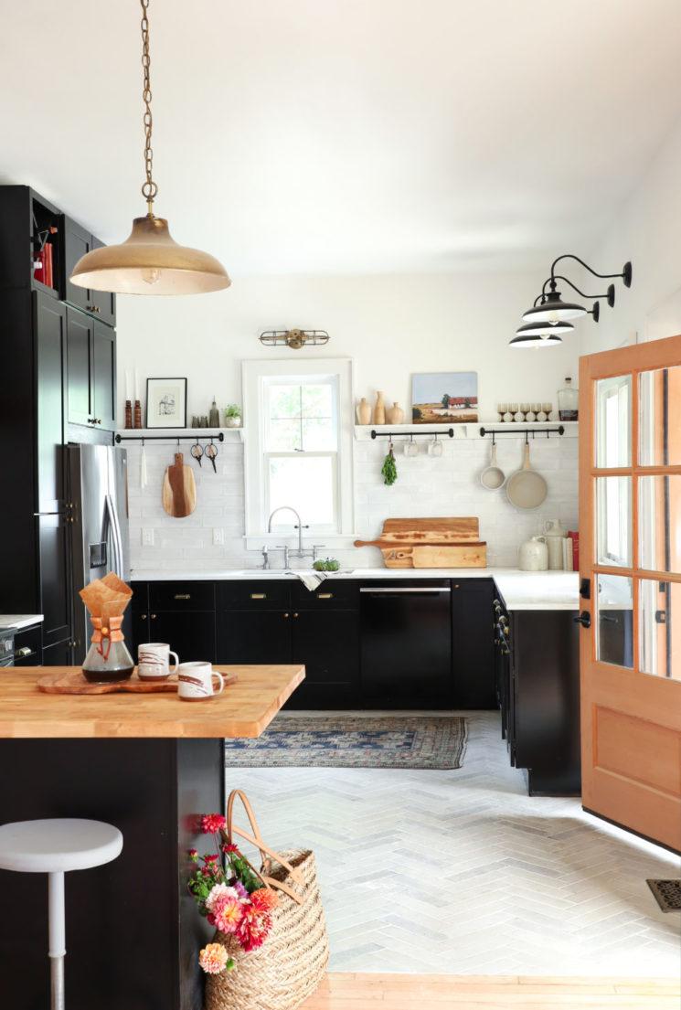 [ Idée déco ] Un tapis persan dans la cuisine // Design intérieur :Jenni Radosevich