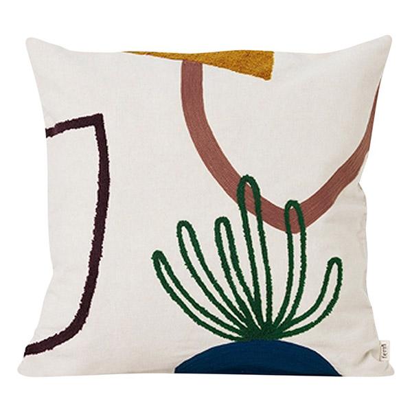 Coussin brodé, Mirage, design : Trine Andersen pour Ferm Living