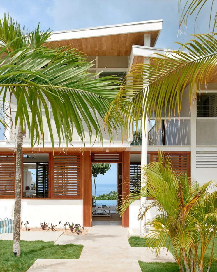 Villa Riviera au Costa Rica : blanc et couleur sous le soleil