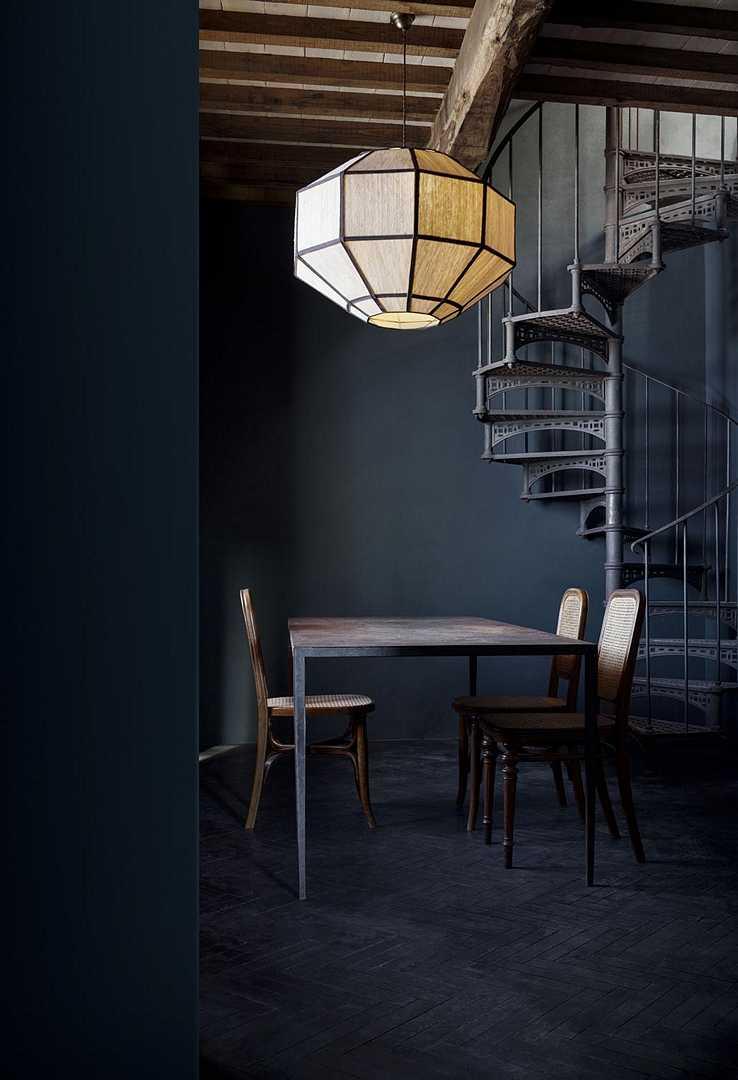 Les teintes sombres sont parfaites pour les décors de style industriel