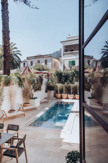 Une maison à Majorque avec piscine pour buller