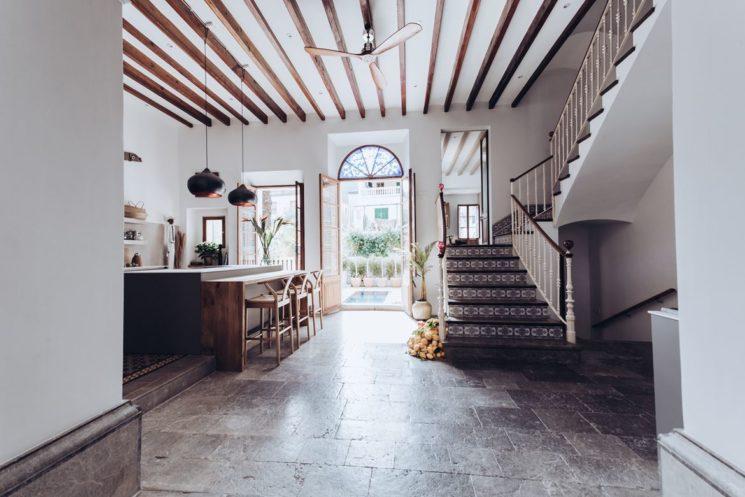 Une maison au décor chic esprit méditerranéen à Majorque