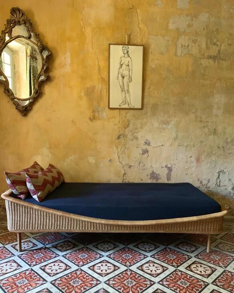 Atelier Vime à Vallabrègues, sélection d'objet et de mobilier vintage en vannerie, rotin ou corde