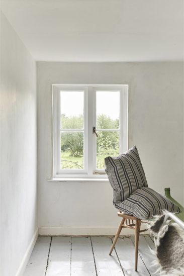 Un cottage néo-rustique minimaliste // Heron Cottage situé dans le Sufilk anglais