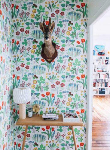 Osez un papier-peint fleuri ! // Design Intérieur Eloise Bosredon + Papier-peint Josef Frank