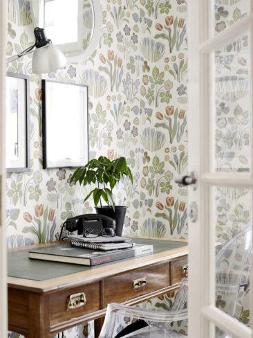 Osez un papier-peint fleuri ! // Papier-peint Josef Frank