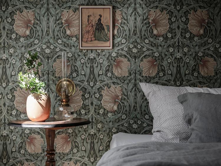 Osez un papier-peint à fleurs ! // Papier-peint William Morris