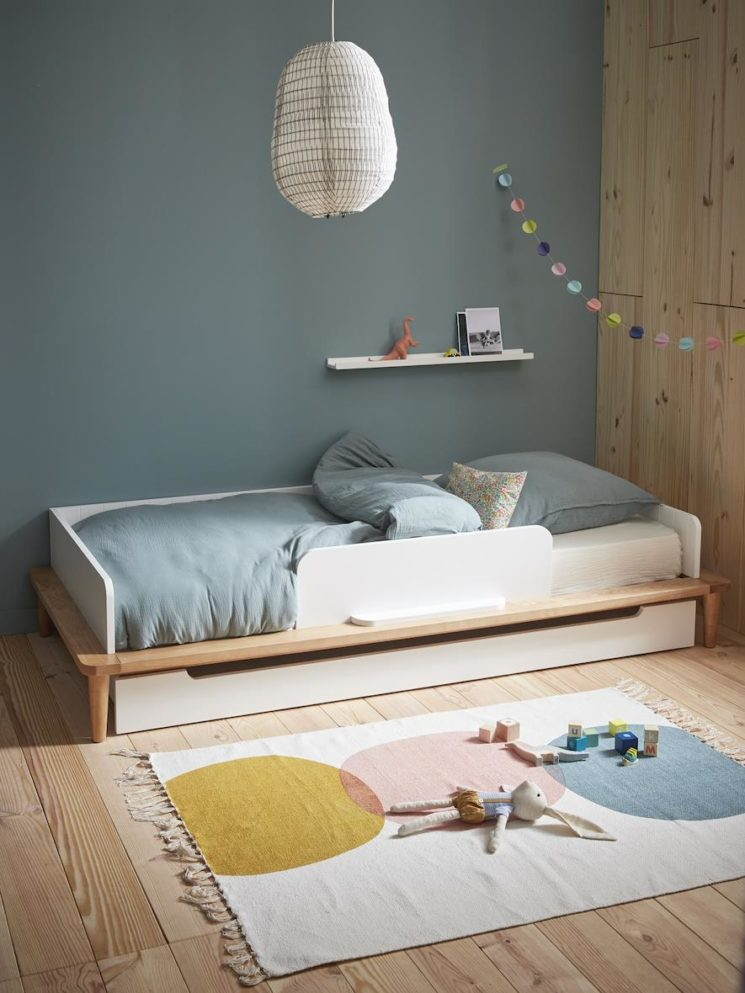 Cyrillus - Lit banquette enfant en bois, 439 € à compléter si besoin par le lit tiroir, 189 €