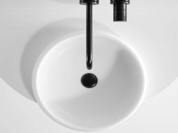 Meuble de salle de bain minimalistes, Arco, édité par Ex.t, design studio Mut
