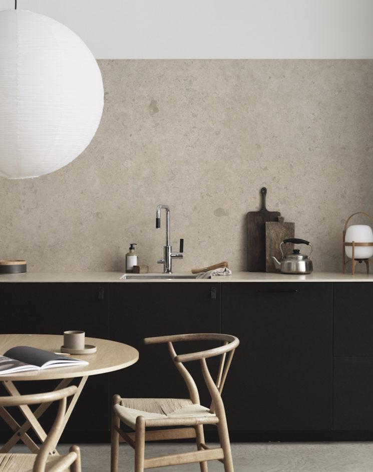 Cuisine minimaliste scandinave par Pella Hedeby pour Bricmate