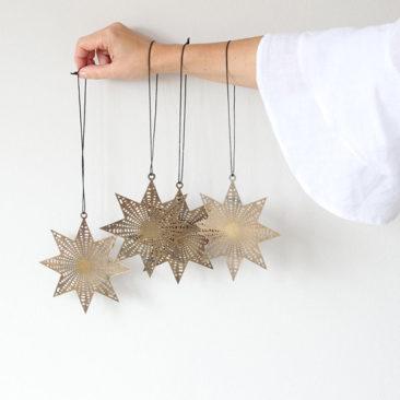 Ornements de Noël étoiles en laiton - Boutique Etsy Soulbirdees