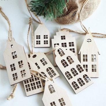 Décor de sapin de Noël, maisons en bois - Boutique Stencils Studio sur Etsy