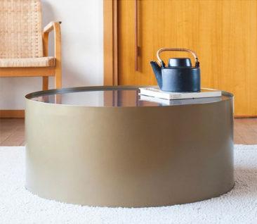 Table basse en laiton et marbre, Dickinson - Produit Intérieur Brut