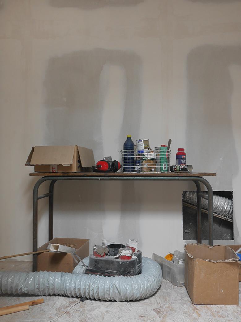 Que faire de ses déchets chimiques ? Colle, décapant, reste de peinture, diluant... Il faut les rapporter en point de collecte.