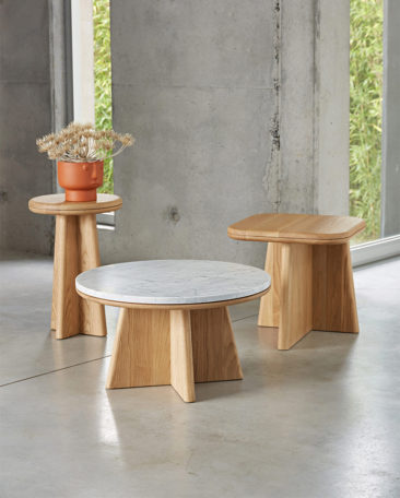 Catalogue printemps-été 2020 Ampm // Table basse ronde, Échos, design E. Gallina - 799 €